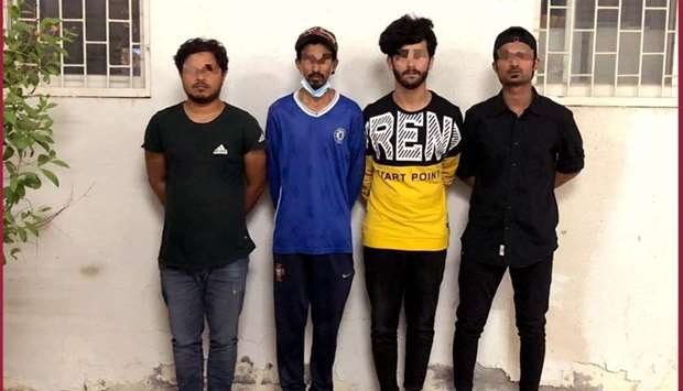 Four arrested for posing as cops, extorting money