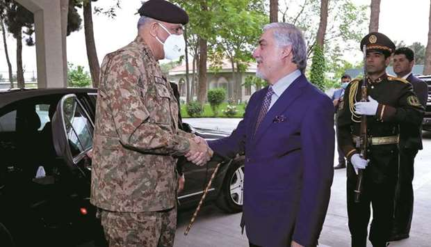 Pakistan's Army Chief of Staff General Qamar Javed Bajwa is welcomed by Afghanistan's High Council f