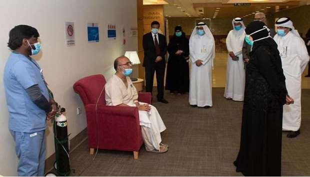 HE Dr. Hanan Mohamed Al Kuwari, Minister of Public Health, meet a recovered Covid-19 patient