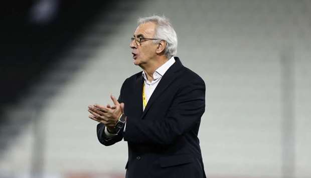 Jorge Fossati reacts on the sidelines during the World Cup 2018 Asia qualifying football match betwe
