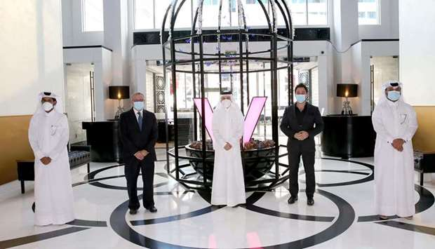 HE Akbar al-Baker, as well as COO Berthold Trenkel, marked the anniversary with a visit to the W Doh