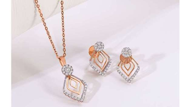 The 'Everyday Diamond Fest' includes diamond jewellery that can be worn any day of the week.