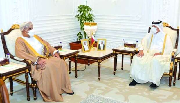 Labour minister meets Omani minister