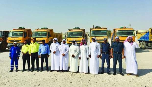 Director of the Al Sheehaniya Municipality, Jaber Hassan al-Jaber and the General Cleanliness Depart