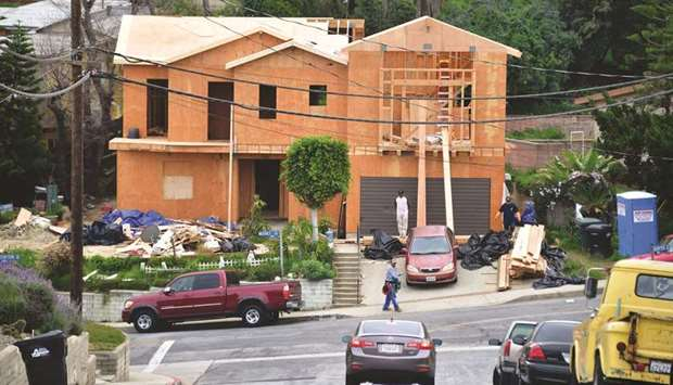 US housing market stuck in a rut despite lower mortgage rates