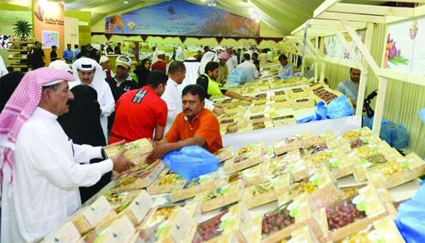 Local Dates Festival opens at Souq Waqif
