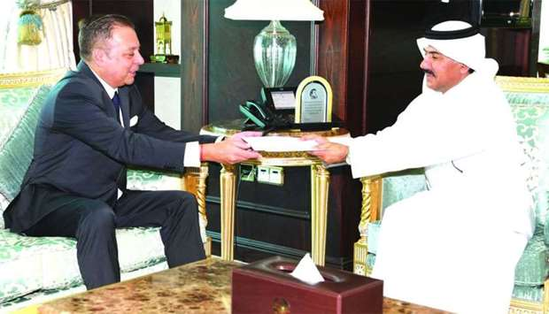 Amir receives message from Argentina president