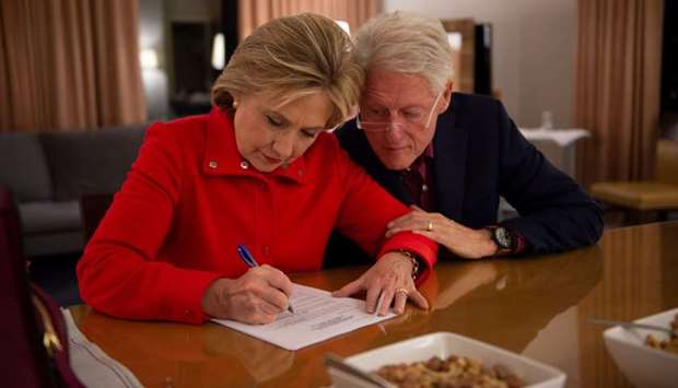 ILLUSTRIOUS COUPLE: Hillary Clinton with husband and former US president Bill Clinton.