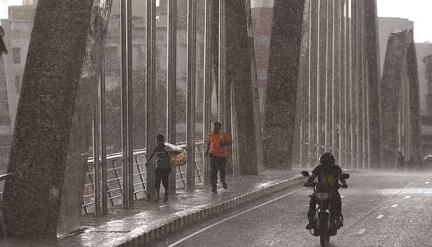 rainfall in Dhaka