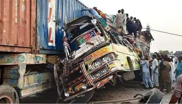 30 killed, 40 injured after bus collided with truck in Pakistan's Punjab