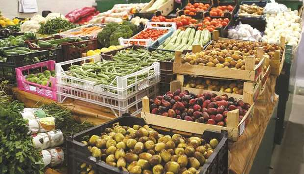 Local Arabic Arrayah reported that the sellers and traders said the shortage of local agricultural p