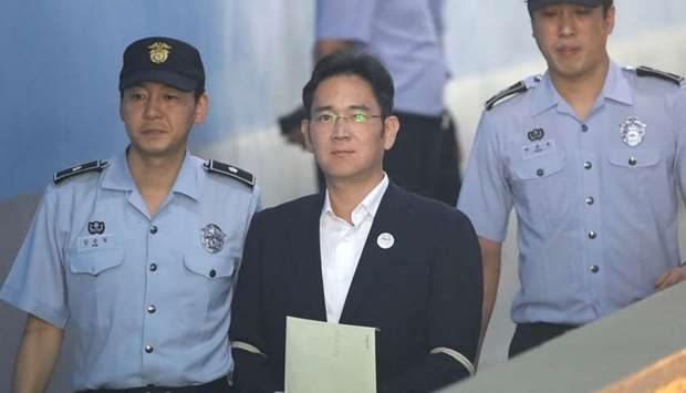 Samsung Group heir Lee Jae-yong arrives at Seoul Central District Court in Seoul.