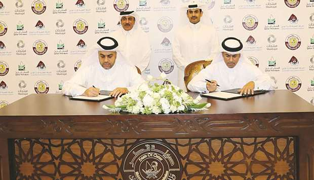 Muntajat exports Qatar's petrochemical products through Hamad Port