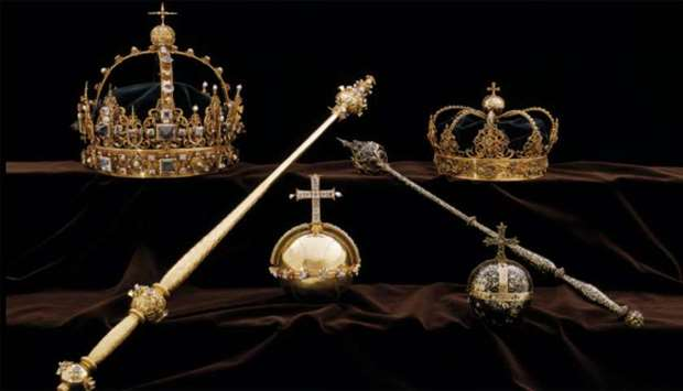 Swedish crown jewels stolen by thieves