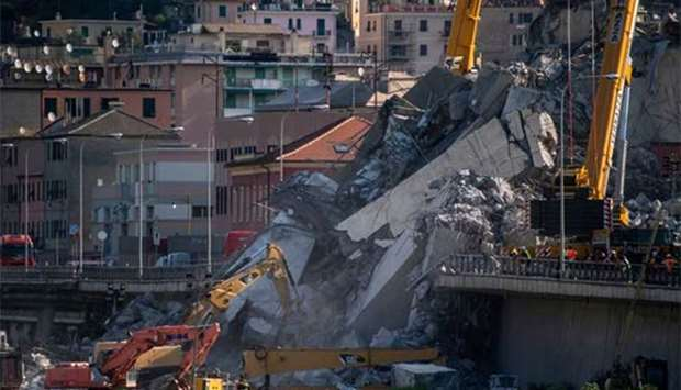 Rescuers dig for survivors amid anger over Italy bridge collapse