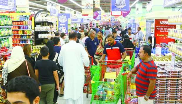 Customers making rounds along grocery aisles. PICTURES: Jayan Orma