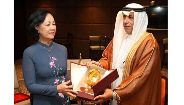 Shura Council Deputy speaker meets Vietnamese official