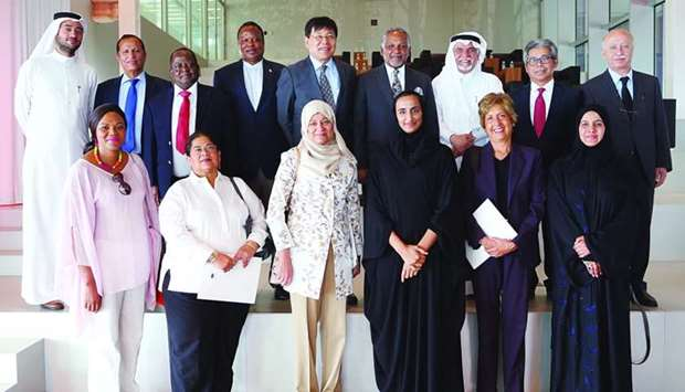 HE Sheikha Hind bint Hamad al-Thani with the UNESCO delegation