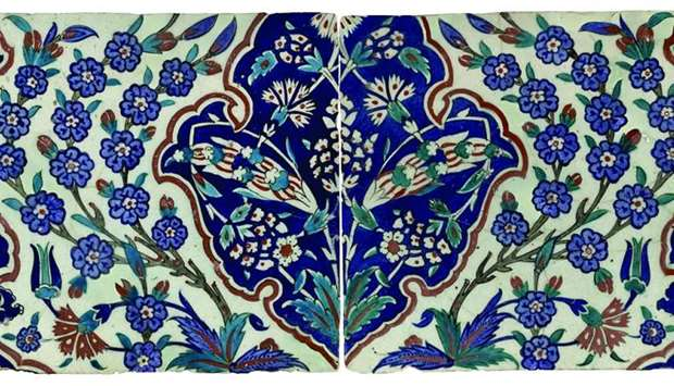 Iznik tile, Turkey, Circa 1575.