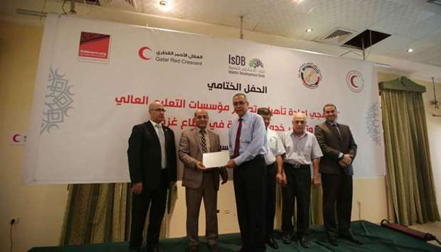 Moments from the ceremony celebrating the conclusion of two major programmes in the Gaza Strip.