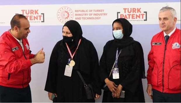 Two of the winners from QU-YSC at ISIF 21 in Turkey.