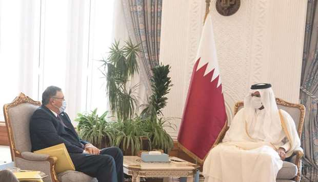 During the meeting, they reviewed cooperation relations between Qatar and TotalEnergies and the pros