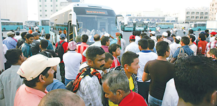 While the Central Bus Station remains crowded, workers in Industrial Area and Wakrah are short of bu