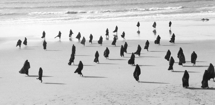 Neshat's Rapture 1999 (Courtesy Gladstone Gallery, New York and Brussels)