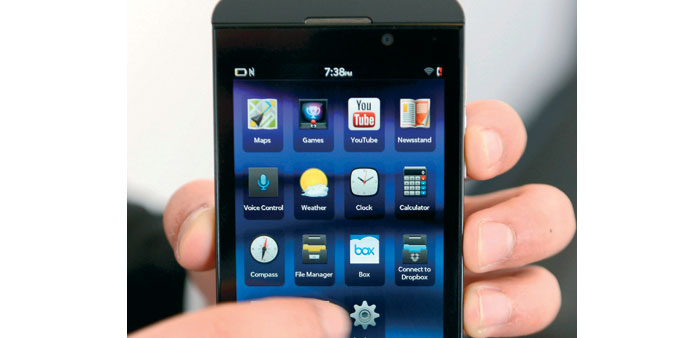 The response to BlackBerry's new Z10 has been mixed at best, according to analysts and retailers, an